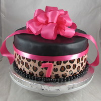 Hot Pink Leopard Print Birthday Cake!
