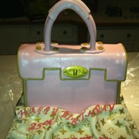 Pink Handbag chocolate cake with fondant decorations