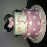 Minnie Mouse chocolate cake with fondant decorations