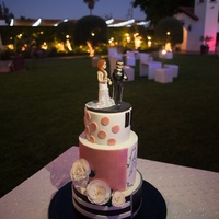 Rockin' Modern Wedding Latest Wedding cake..one cake, two completely different themes. Side one: modern wedding theme with double barrel center tier and Wafer...