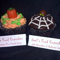 The Pumpkin Patch Cupcakes Were Inspired By The Baker Featured On The Cakecentral E Mail I Got So Cant Take Credit For That The Spider Cu The pumpkin patch cupcakes were inspired by the baker featured on the CakeCentral e-mail I got, so can't take credit for that. The...