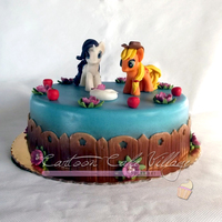 My Little Pony Rarity, Applejack on a cake