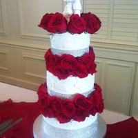 Wedding Cake With Rose Separators