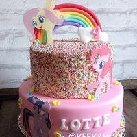 My Little Pony Sprinkles Cake! I just love the sprinkles on this cake! It turned out so cute <3.