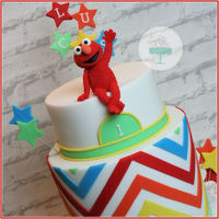 Elmo Cake! Oke, oke, i am in love with my cake :). Sst ;)