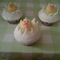 Hatching Chicks Cupcakes Buttercream and fondant