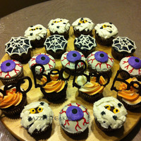 Oct 30Th 2012 Halloween Cupcakes For School 1Jpg