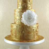 Gold Klimt Cake With Wafer Paper Peony Gold Klimt Cake with Wafer Paper Peony
