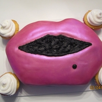 Sparkly Pink Lips Girls night cake!