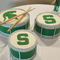 Spartan Drum Set These three cakes were a surprise for the Michigan Spartan groom.