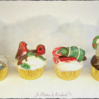 Vintage Christmas Cupcakes Vintage Christmas Cupcakes Due to demand a tutorial will be available for these very soon. Follow me on my cake page A Flutter of Fondant...