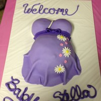 Welcome Baby Stella Baby Bump Cake welcome Baby Stella! baby bump cake