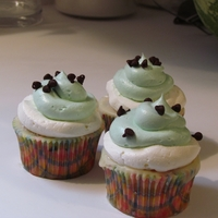 Watermelon Cupcakes I was just playing around.....i may still tweek this but the look is close to what I wanted