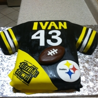 Steelers Football made this cake for a friend of the family, 1/2 sheet pittsburgh steelers jersey strawberry cake with filling and mmf accents