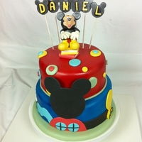Micky Mouse Clubhouse Cake