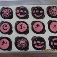 Skull Painted Cupcakes For A 16Th Birthday Name Clara skull painted cupcakes for a 16th birthday, name: Clara
