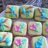 Nature Mini Cakes  i made these mini cakes just for fun. i make cakes just for my kids since one of my sons is allergic to milk, and he can't eat store-...