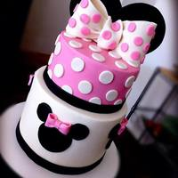 Minnie Mouse Inspired Cake Minnie Mouse inspired Cake