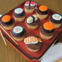 Sushi Cupcakes I had a 'Finger Food' themed cupcake order - and made assorted sushi as part of it!