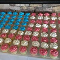 "American Flag Cupcakes American Flag Rose Cupcakes. I used light colors to give it a ""vintage flag"" kind of feel."