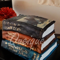 Book Cake Love this creation, 3 clasic books for a book lover!
