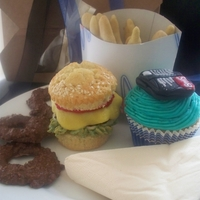Fathers Day Cupcake Meal perfect meal for Fathers day what i made last year huge hit!!