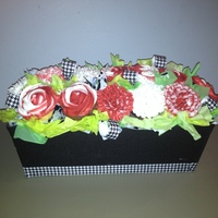 Roll Tide!! Cupcake arrangement for Alabama Crimson Tide fan.
