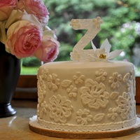 Little White Lace Cutting Cake Little white lace cutting cake