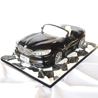 Bmw Z4 My favourite car cake to date - a rich chocolate orange sponge covered in fondant
