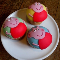 Peppa Pig..... No muddy puddles here today =)