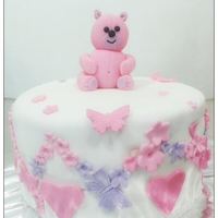 Pink And White Theme Strawberry And Cream Cake Pink and White Theme Strawberry and Cream Cake