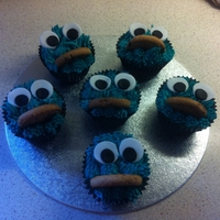 Cookie Monster Cupcakes! Cookie monster cupcakes!