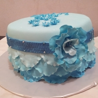 Ruffles Cake With Flower