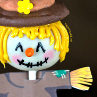 Scarecrow Thanksgiving Cake Pops