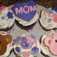 Pink And Purple- Mothers Day Chocolate Cupcakes- Flowers & Bears Cupcakes I made for My mother in law for mothers day