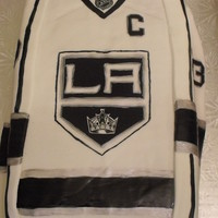 La Kings Jersye Cake The Crown And Nhl Logo Are Hand Drawn LA Kings Jersye cake. The crown and NHL logo are hand drawn.