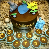 Giraffe Baby Shower  This was a special cake order for my godsister. Juliet and her husand are having their first child. Glad that they let me create their...