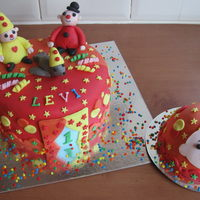 Bumba Birthday Cake Made this for Levi who turned one. With matching smash cake