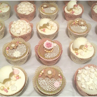 Vintage Cupcakes Made For A Clic Charity Event