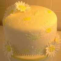 Brush Embroidery Daisy Cake