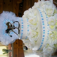 25Th Wedding Anniversary Cake This teired cake is made with silk flowers