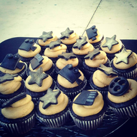 Hollywood Theme Cupcakes Hollywood Theme Cupcakes
