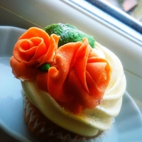 Cuppies With Roses
