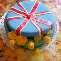 British Flag Gift Box Yellow Roses my sister's surprise birthday cake