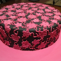 Lace Cake Pink lace on black fondant