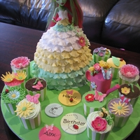 Venus Mcflytrap Doll Cake Garden themed Monster High Dolly Varden cake with matching cupcakes