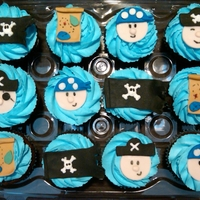 Pirate Birthday Cupcakes These were for a boy's 5th birthday and he was really into pirates.