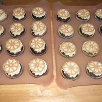 Wagon Wheels cupcakes for a pioneer day picnic