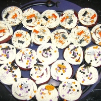Halloween Cupcakes Not the best work I've done, but they were delicious!