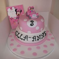 Minnie Mouse Chocolate 2 Layer Cake minnie mouse chocolate 2 layer cake